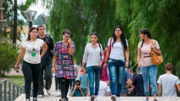 Abren convocatoria para estudiantes que quieran ser tutores universitarios