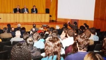 Debatieron en la UNCuyo sobre energía y desarrollo sustentable