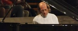 Sobre Arnaldo Pizzolante – pianista