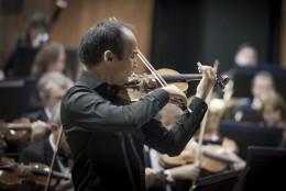 Erzhan Kulibaev - Violín