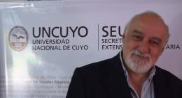 Moderador: Lic. Raúl Alfredo Linares