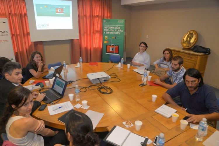 Se llevó a cabo el taller sobre Transparencia y Gobierno Abierto en la UNCuyo