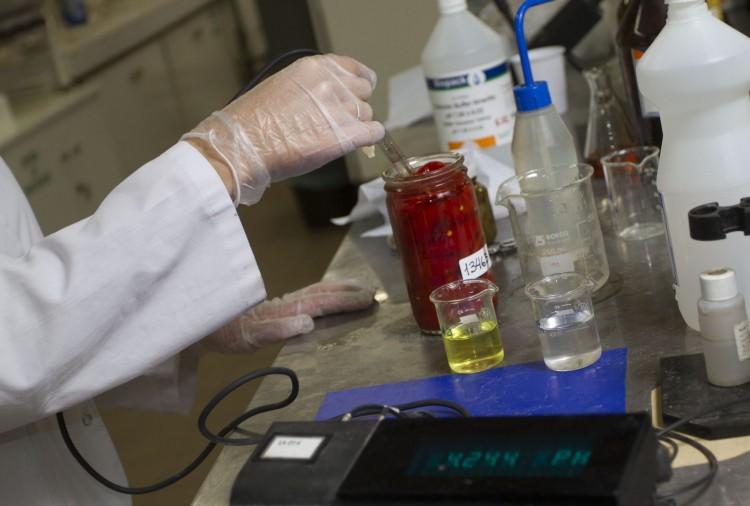 La UBA premiará las mejores tesis doctorales en ciencias químicas