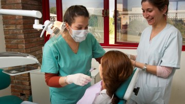 Cinco días dedicados a la Odontología