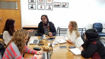 Profesor brasilero trabaja con la Facultad de Educación en intercambios y acuerdos académicos