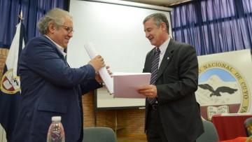 Arístides Vargas es el nuevo doctor Honoris Causa de la UNCuyo
