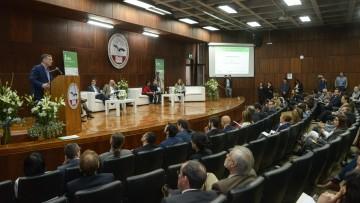 Especialistas se reunieron para combatir la pobreza rural