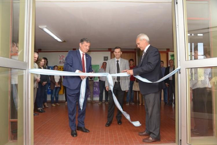 Filosofía y Letras inauguró un nuevo sector de aulas