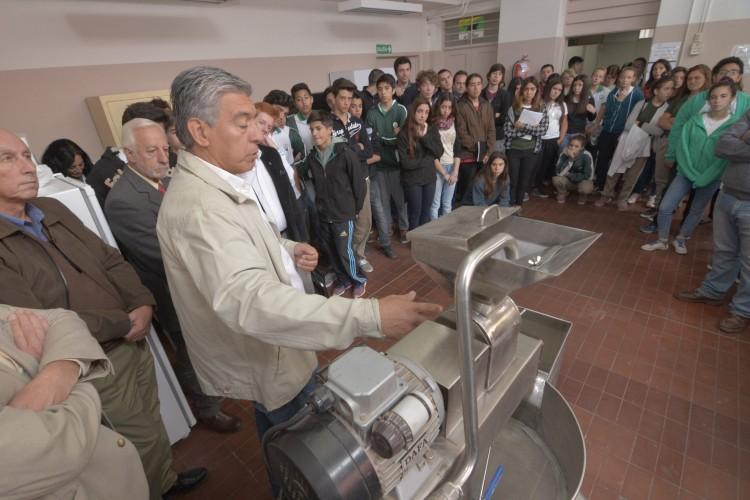 El Liceo tiene nuevo equipo para procesar alimentos