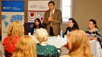 Académicos debaten internacionalización de las Universidades