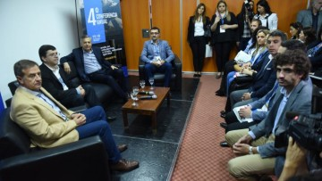 Consultores políticos de todo el país se reúnen en Mendoza