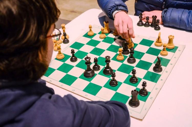 Una tarde de ajedrez para concientizar sobre Asperger