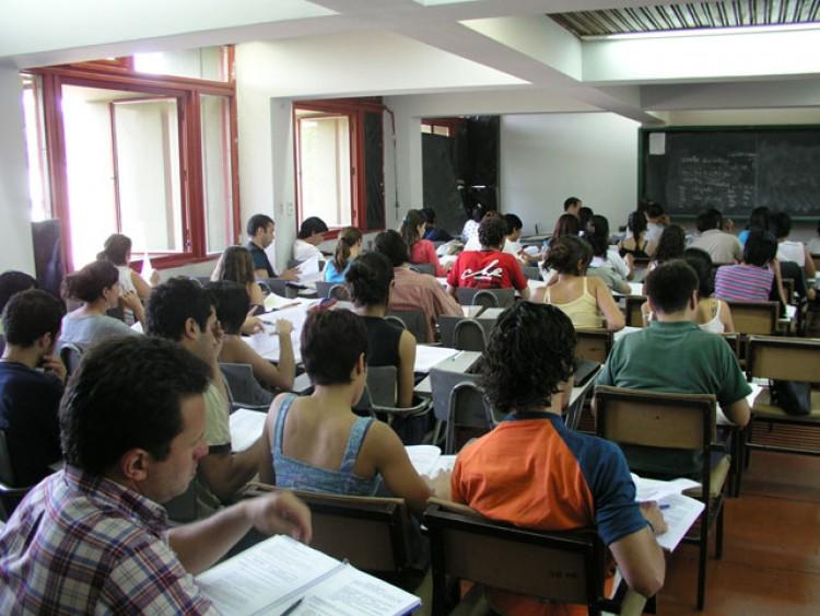 Becas de estancia en Universidades del exterior para Docentes Nóveles