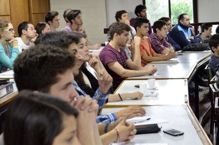 Preinscriben para licenciatura en Gestión de Negocios Regionales