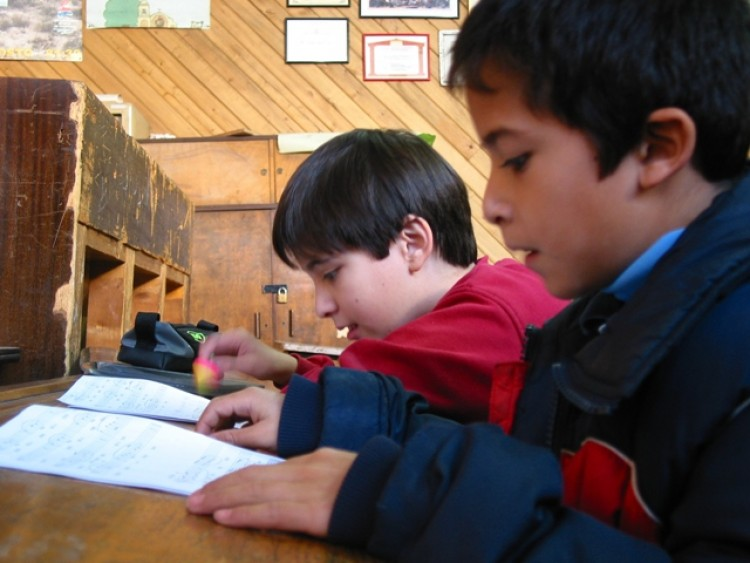 Capacitan en convivencia y resolución de conflictos en la escuela