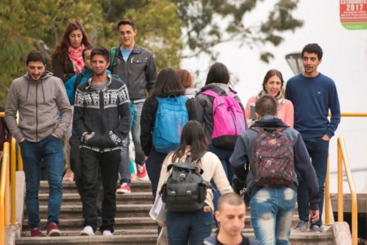 Buscan mejorar el egreso en las carreras universitarias