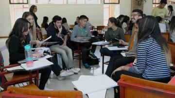 Universitarios contarán experiencias de aportes a sus carreras
