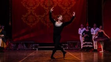 El Ballet de la UNCUYO busca bailarín