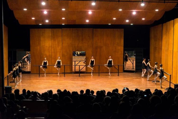 Primera muestra del año de alumnas del Ballet