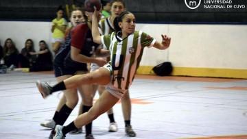 """Las juveniles de handball de la """"U"""" al Nacional de Clubes"""