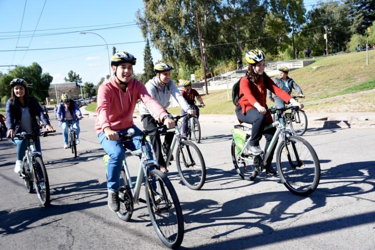 Entregarán bicis a estudiantes de la UNCUYO