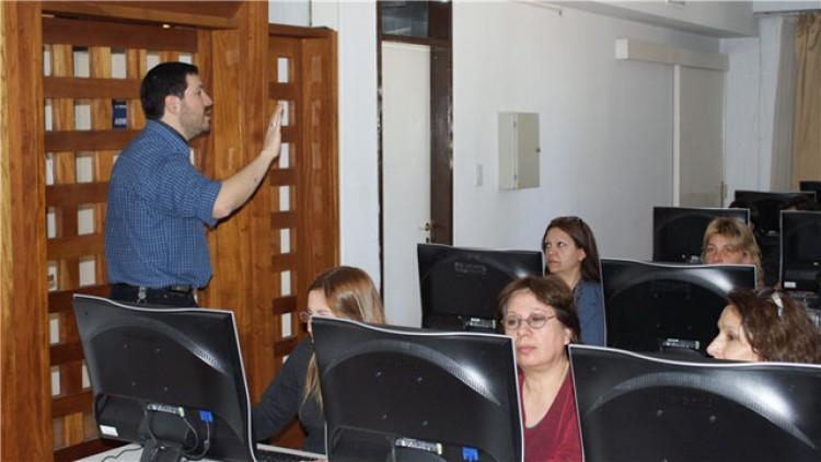 Extienden plazo para estancias docentes en universidad nacional o extranjera