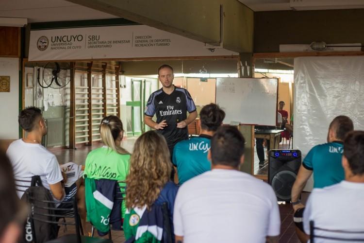 Real Madrid y UNCuyo impulsarán el deporte en niños  de sectores vulnerables