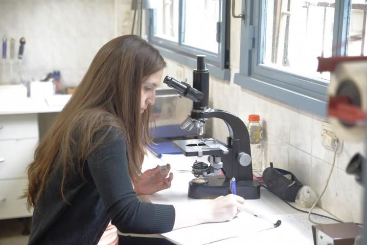 Científicas y tecnólogas en Argentina pueden postularse al Premio Ada Byron