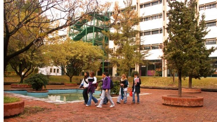 Tres cargos no docentes se concursan Ciencias Económicas