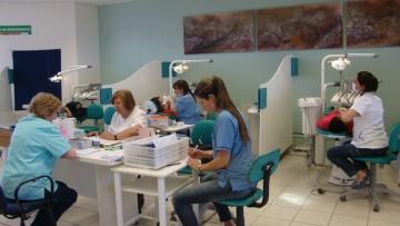 Siete especialidades para que odontólogos continúen su formación
