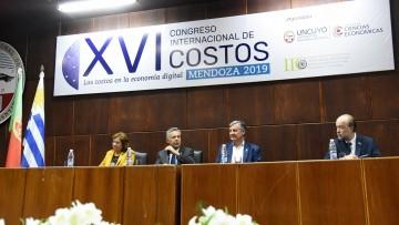 Debatieron  los costos en la economía digital
