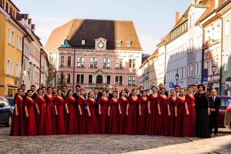 Las voces del Coro Universitario cantarán en San Carlos