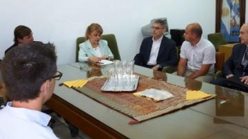 Autoridades de Odontología se reunieron con referentes del sector empresarial
