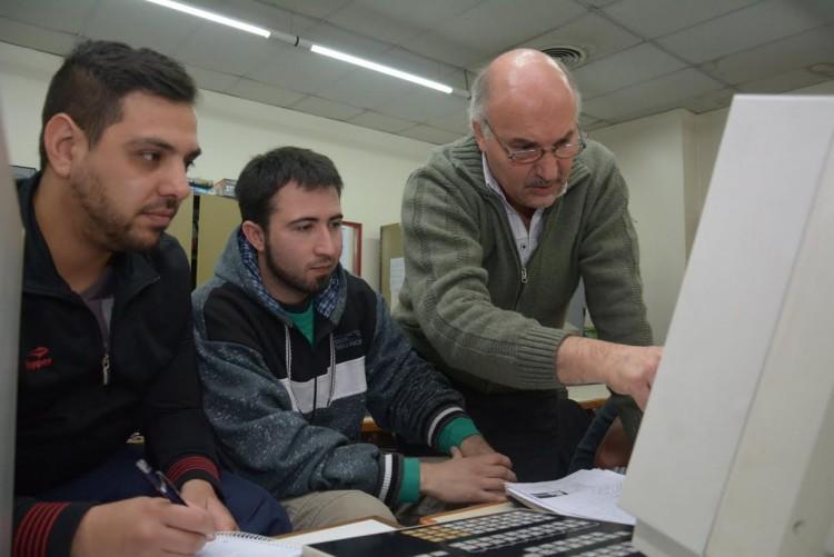 Enseñarán a elaborar materiales didácticos para educar a distancia