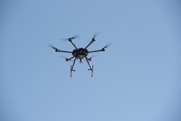 Charla virtual sobre el uso de drones en la industria aeroespacial