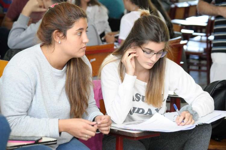 Más de 7 mil estudiantes de la UNCUYO obtuvieron la beca Progresar