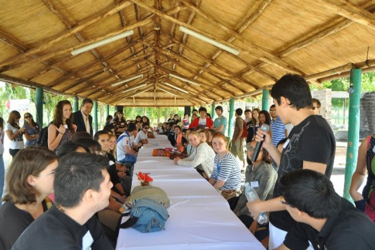 La comunidad universitaria recibió alrededor de 120 estudiantes de intercambio