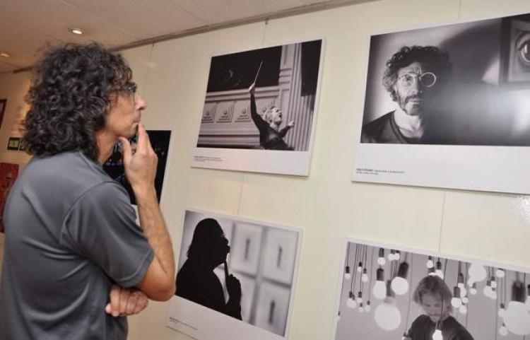 Muestra de fotoperiodismo argentino en la Facultad de Educación Elemental y Especial