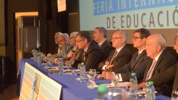Buscan internacionalizar las universidades de Mendoza y el País