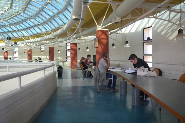 La renovada Biblioteca Central abrió sus puertas al público