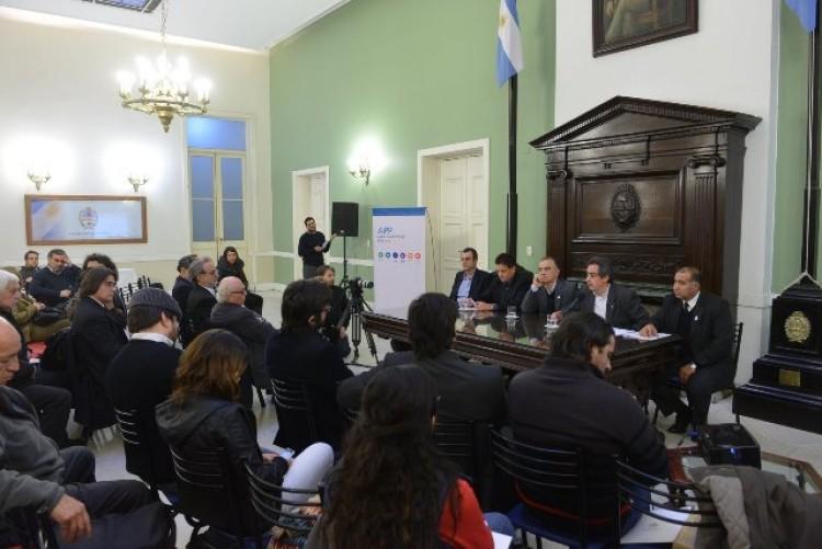 La UNCuyo participó de un debate sobre reforma de la Constitución y libertad  de expresión