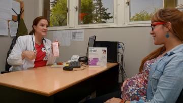 Consultorio de lactancia materna en el Hospital Universitario