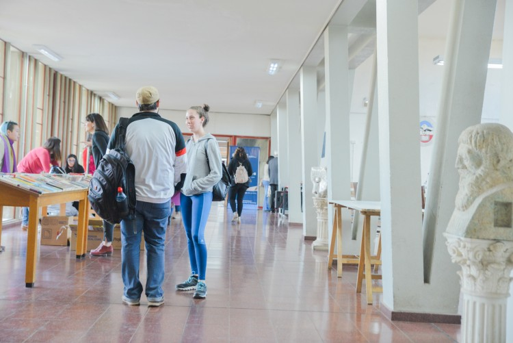 Encuentro sobre revistas científicas en la UNCUYO