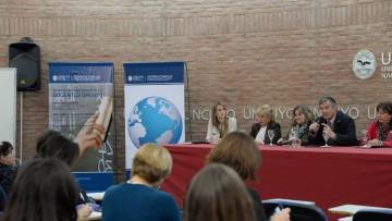 Financian estudios de doctorado en el exterior para los profesores