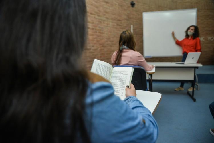 """Convocan a estudiantes para aplicar a las """"Becas de Intercambio Federal"""""""