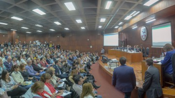 La UNCUYO aprobó la paridad de género en los cargos electivos