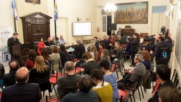 Plasmaron en un libro estudios para una reforma constitucional en Mendoza