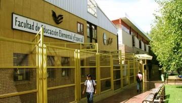 Facultad de Educación Elemental y Especial concursa 3 cargos