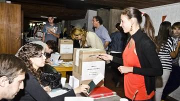 Graduados votaron sus representantes en la UNCuyo