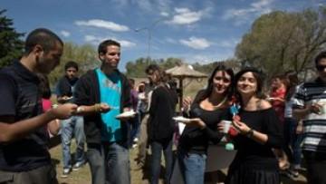 La Universidad da la bienvenida a estudiantes extranjeros de intercambio